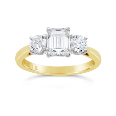 Emerald Cut trilogy Engagement, €8,150