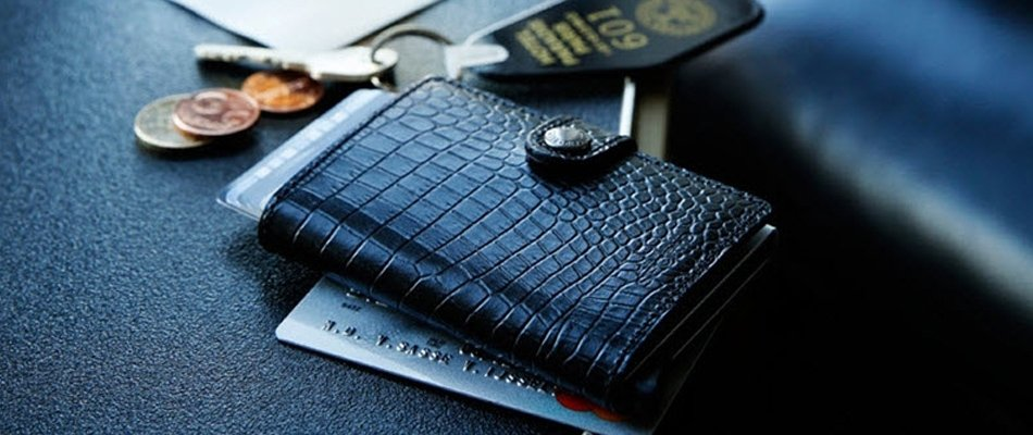 SECRID WALLETS AT WEIR AND SONS